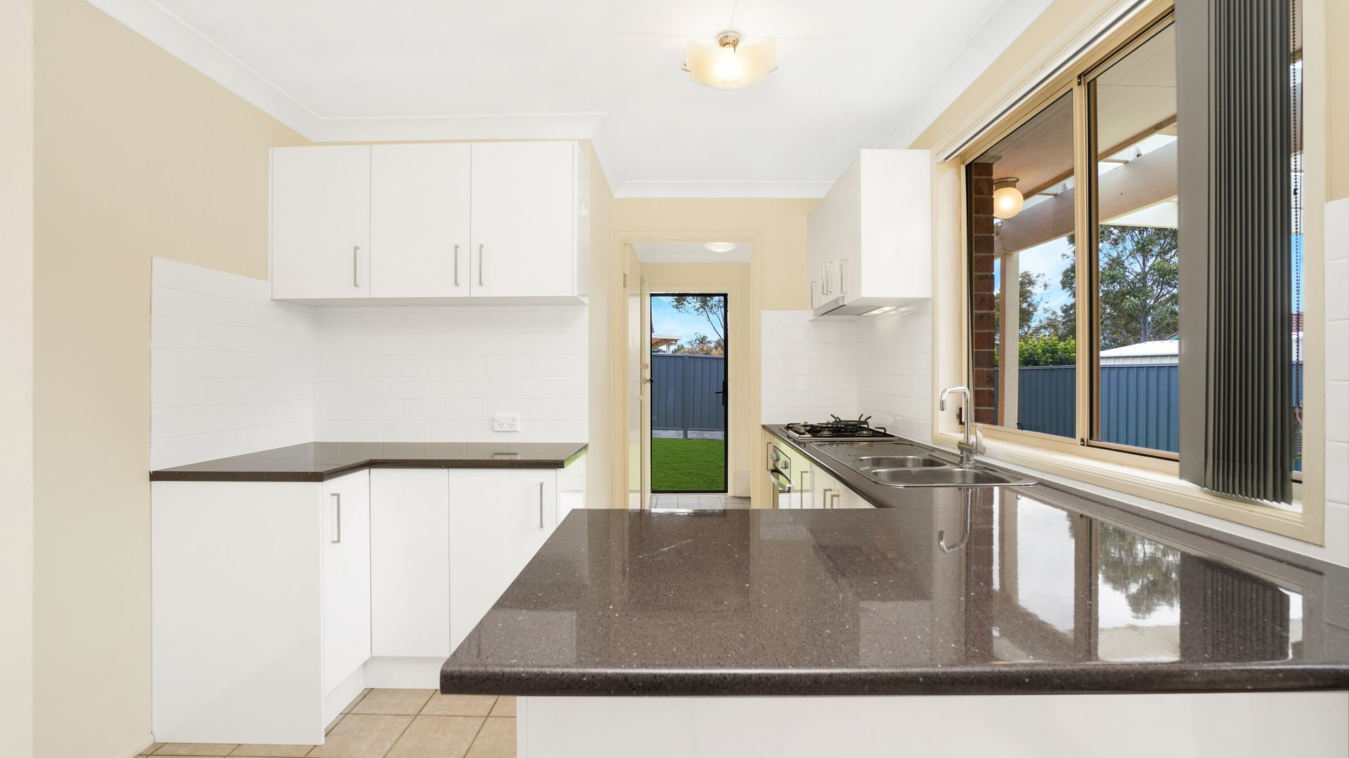 3 Cedarwood Road, Hamlyn Terrace NSW 2259, Image 2