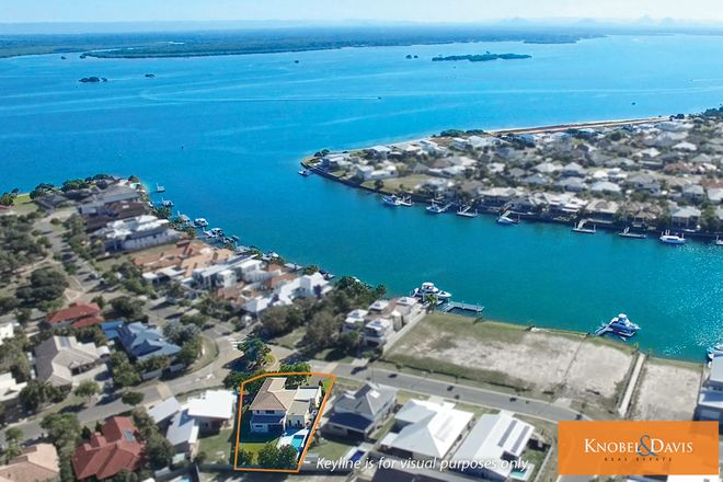 Picture of 10 Seabreeze Avenue, BANKSIA BEACH QLD 4507