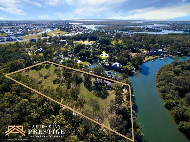 136 Crescent Avenue, Hope Island QLD 4212, Image 0