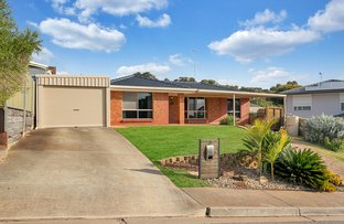 3 Barossa Crescent, Hallett Cove SA 5158