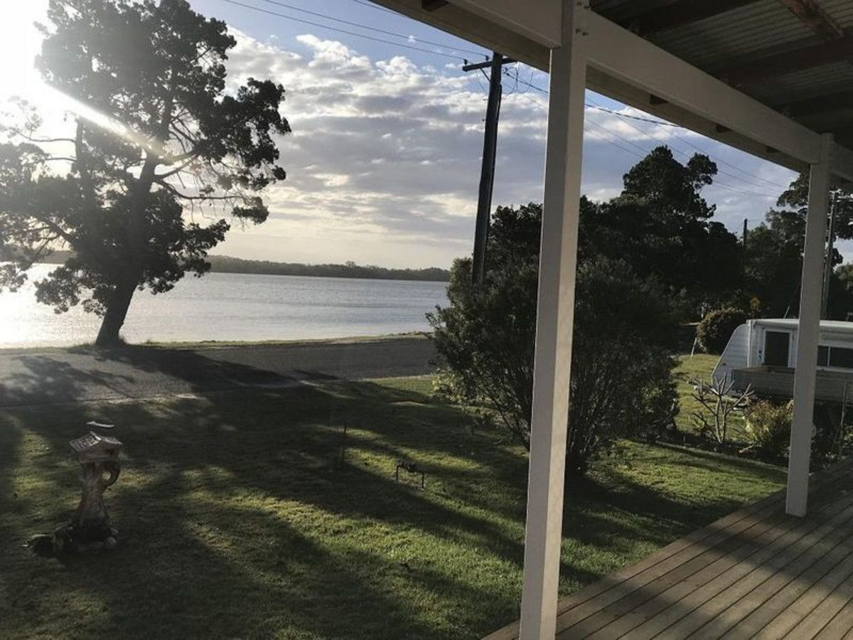 12 Marandowie Drive, Iluka NSW 2466, Image 2