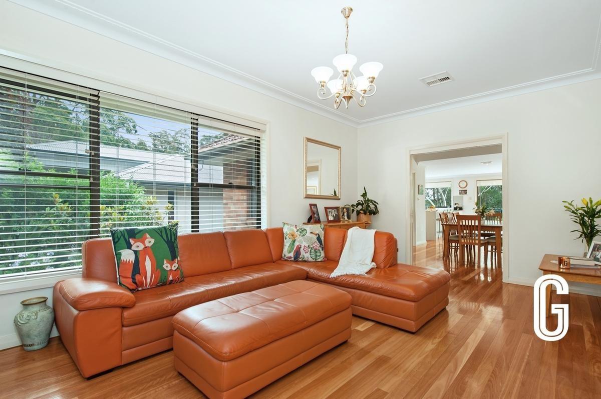 11 Carisbrooke Avenue, New Lambton Heights NSW 2305, Image 1