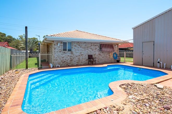 Picture of 111 Colyton Street, TORQUAY QLD 4655
