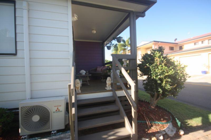 2/368 Oxley Drive, Runaway Bay QLD 4216, Image 1