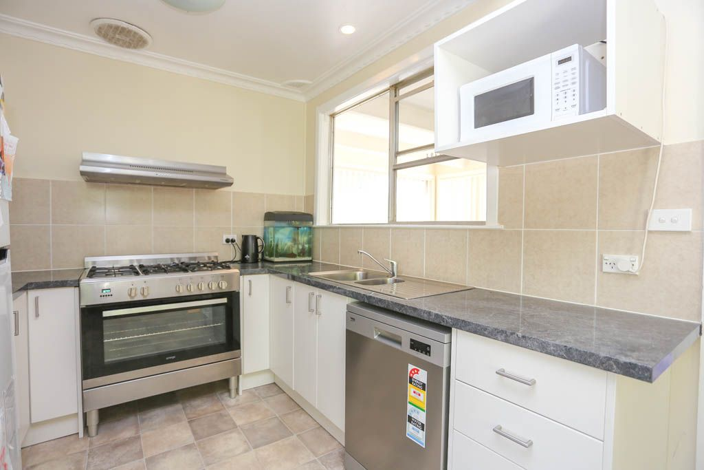 4 Raglan Street, South Bathurst NSW 2795, Image 1