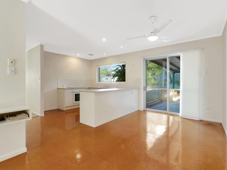 28 Woggle Street, Jamboree Heights QLD 4074, Image 1