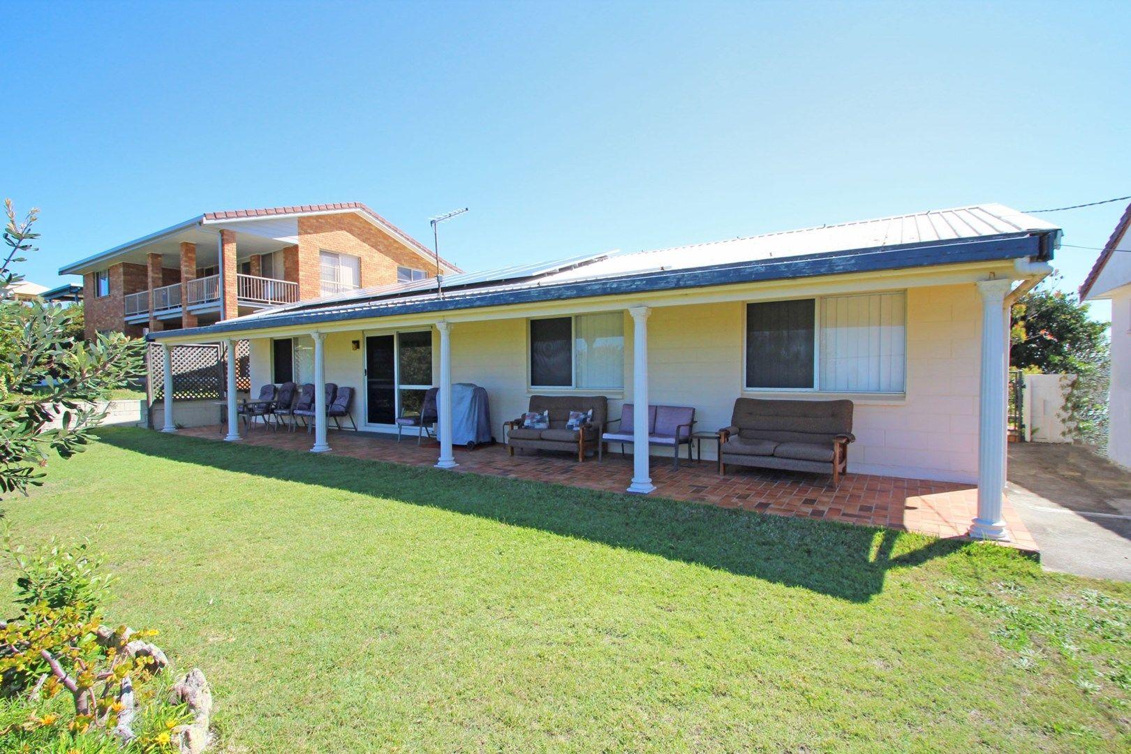 138 Ocean Road, Brooms Head NSW 2463