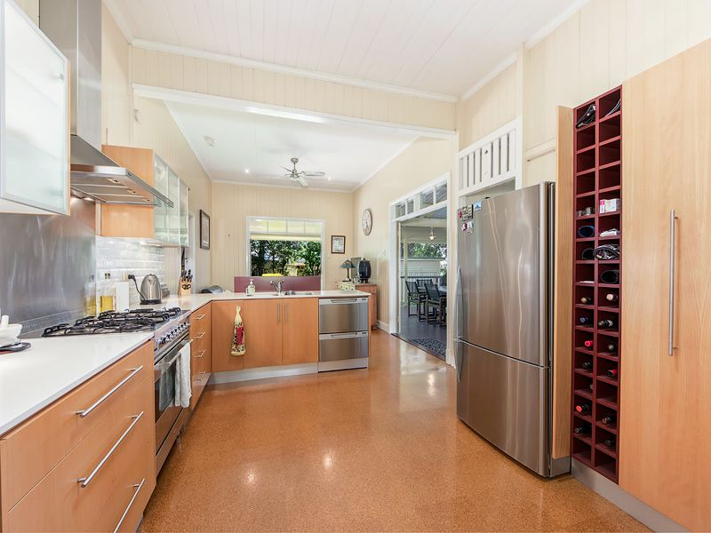 14 Kendall, East Ipswich QLD 4305, Image 2