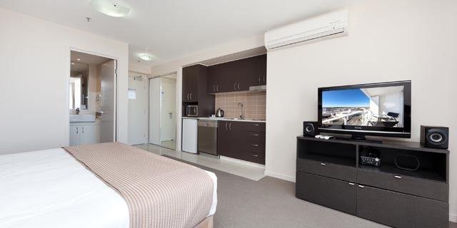 1302b Aspire Apartments, Cnr West & Ellenborough St, Woodend QLD 4305, Image 1