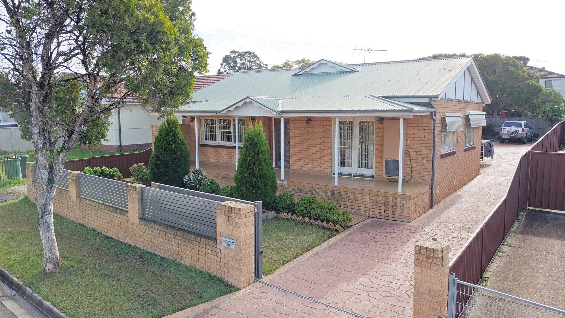 12 Throsby Street, Fairfield Heights NSW 2165, Image 0