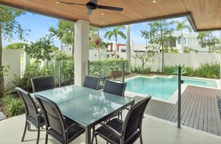Picture of 7697 Fairway Boulevard, Hope Island QLD 4212