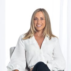 Amelia Falvo, Sales representative