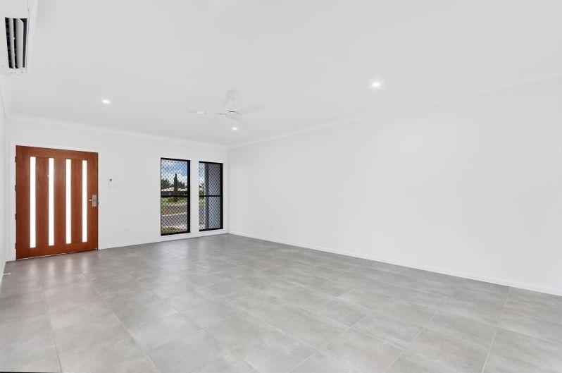 9 Riverlands Drive, Mareeba QLD 4880, Image 2