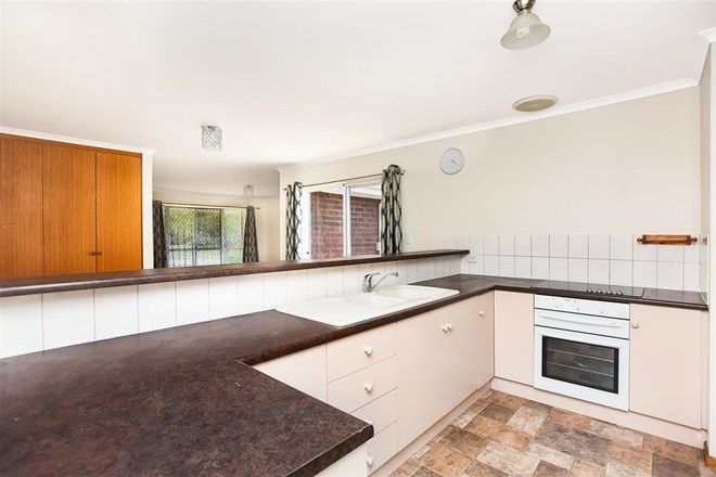 Picture of 2 Bellerive Circuit, SEAFORD RISE SA 5169