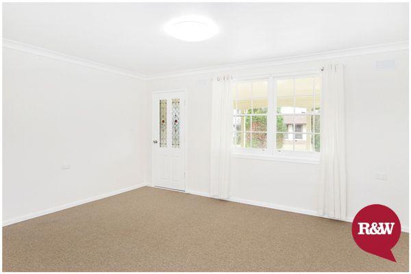5 Basildon Place, Hebersham NSW 2770, Image 2