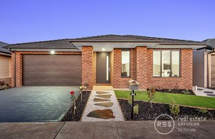 Picture of 44 Grovedon Circuit, Donnybrook VIC 3064