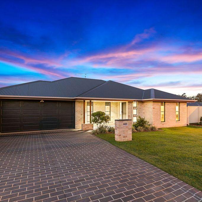 1 Isla Avenue, Redland Bay QLD 4165, Image 0