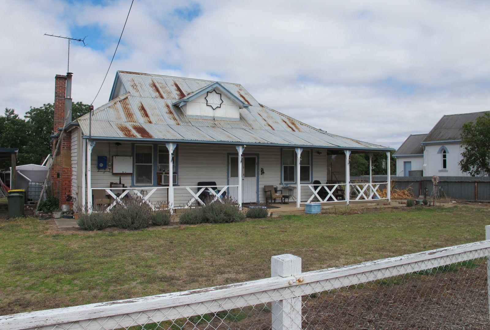 8 Station Street, Goroke VIC 3412, Image 1