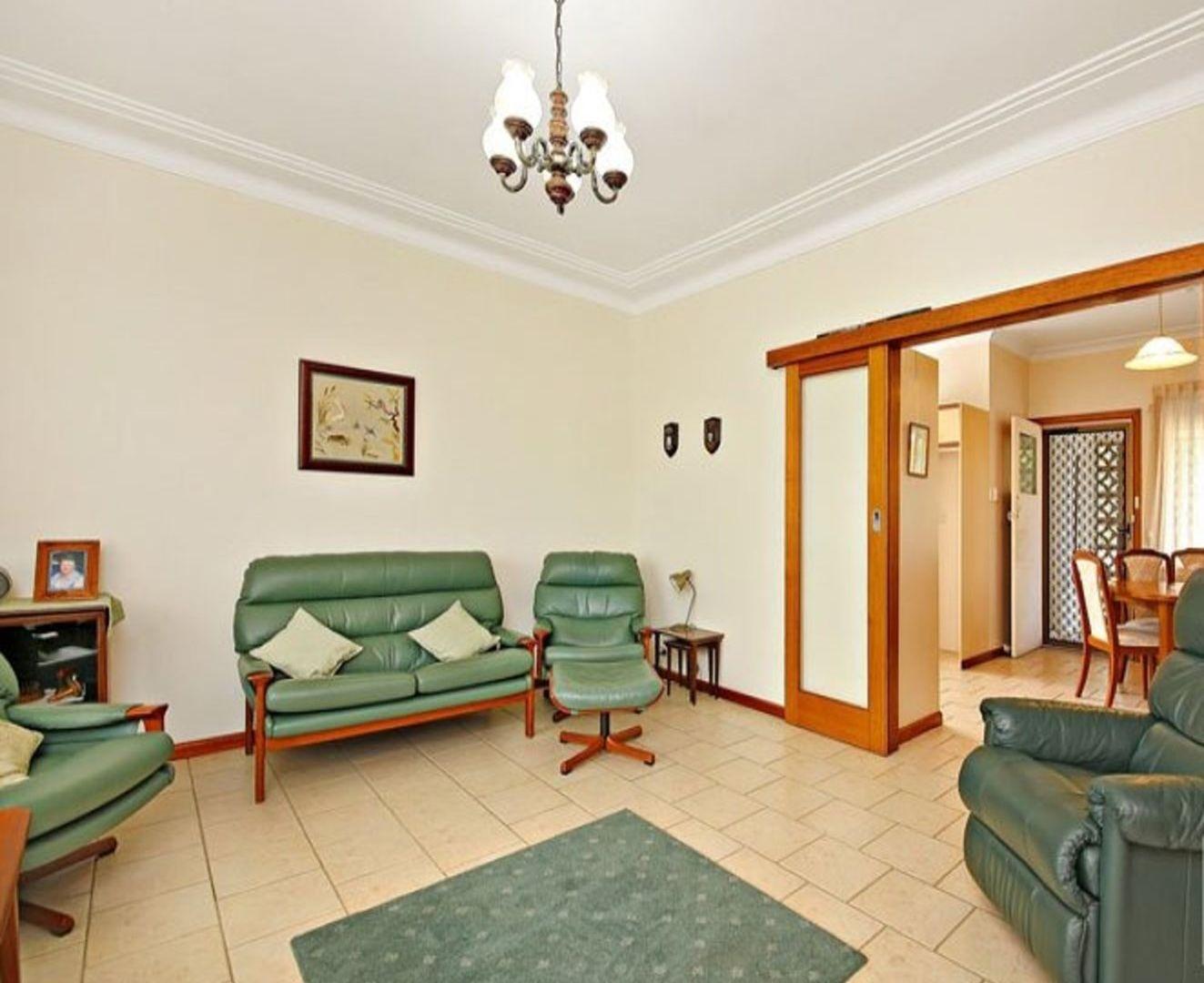 10 Hillview Avenue, Bankstown NSW 2200, Image 1