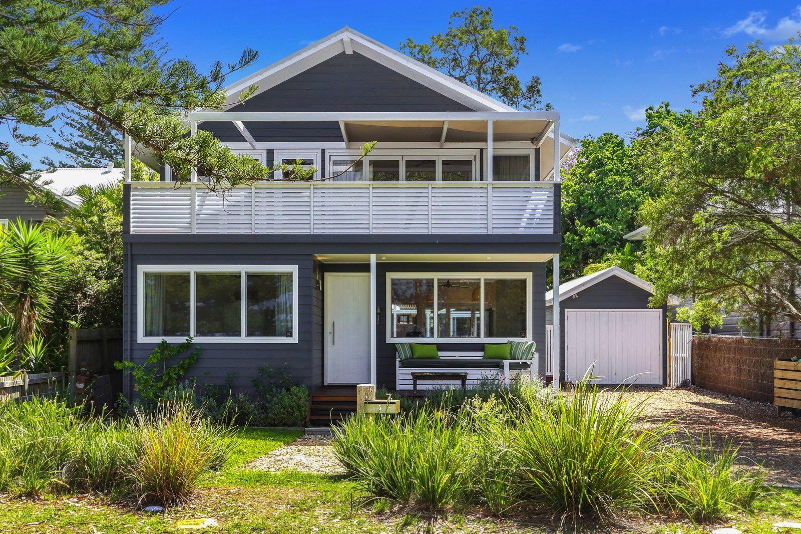 7 Pearl Pde, Pearl Beach NSW 2256, Image 2