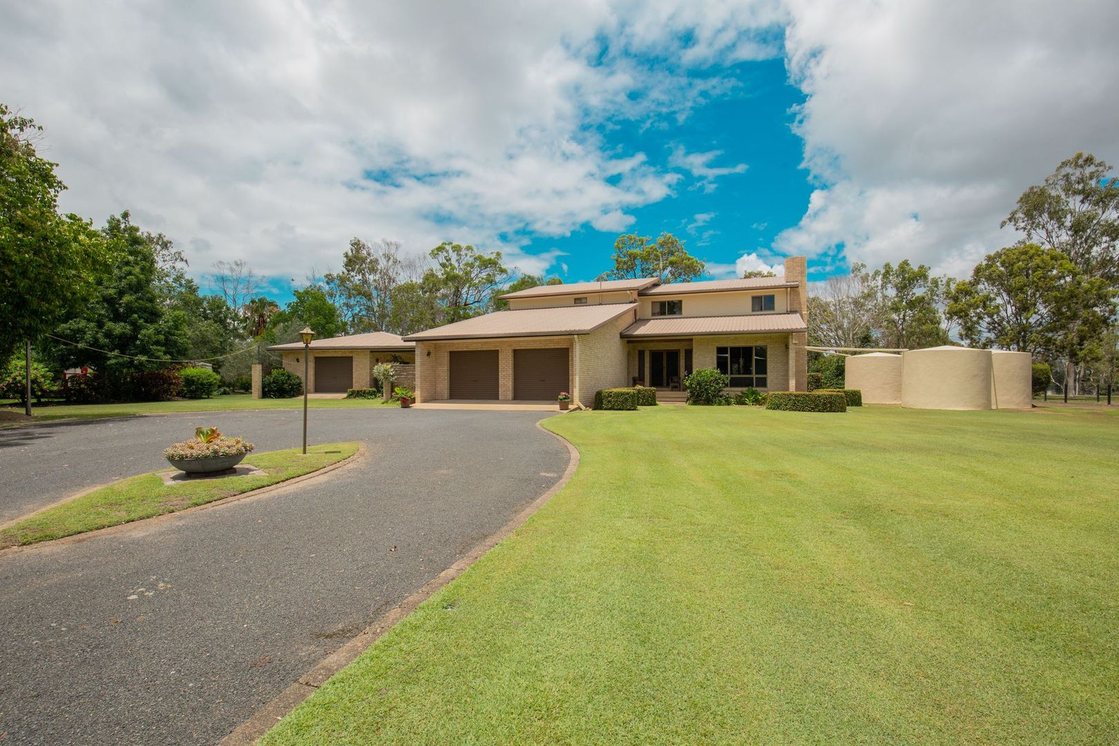 27 Pleasant Drive, Sharon QLD 4670, Image 1