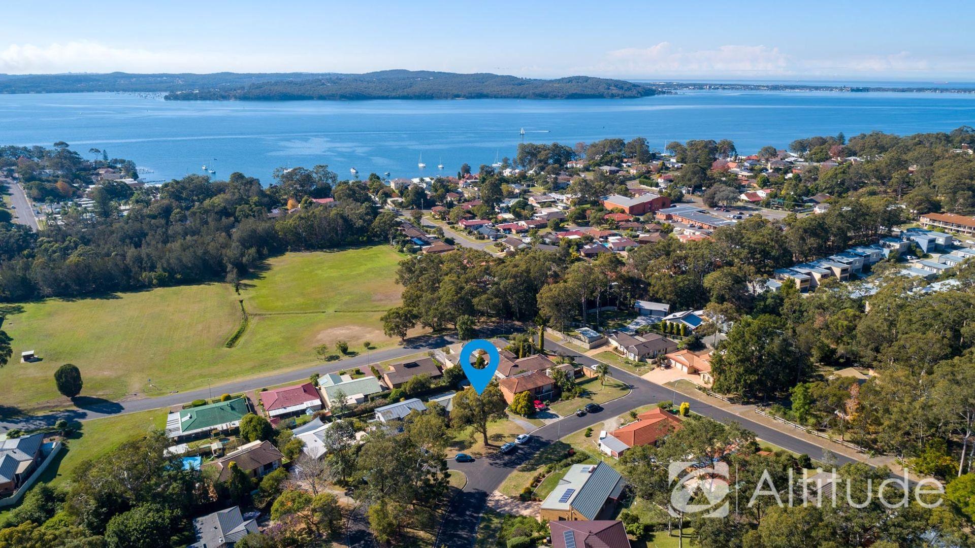 4 Wyera Crescent, Carey Bay NSW 2283, Image 1