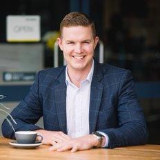 Dallas Foster, Sales & Marketing Specialist