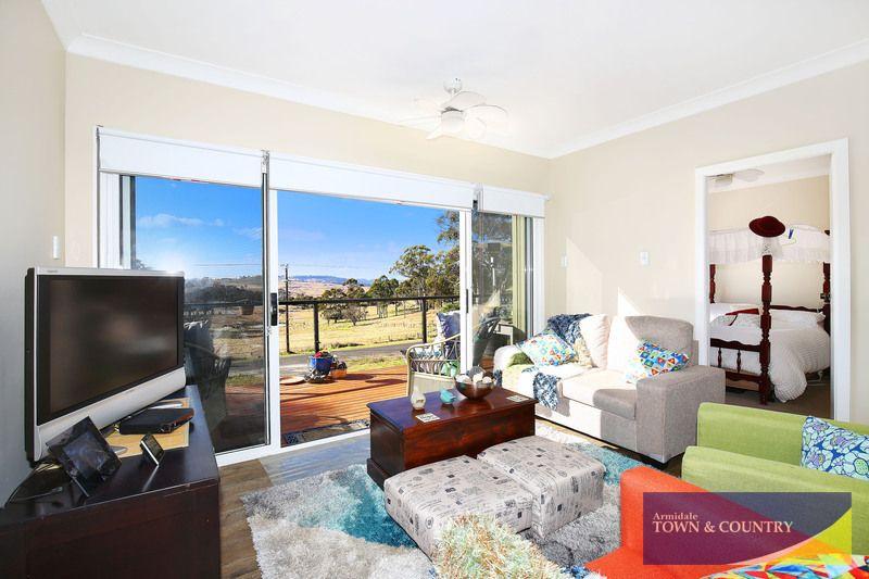 126 Sandon Street, Guyra NSW 2365, Image 2