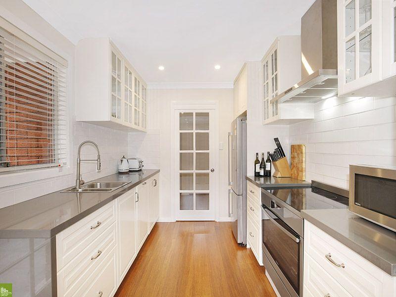 4 Araluen Avenue, Mount Kembla NSW 2526, Image 2