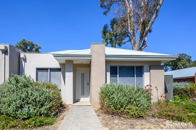 Picture of 20 Thornbill Crescent, COODANUP WA 6210