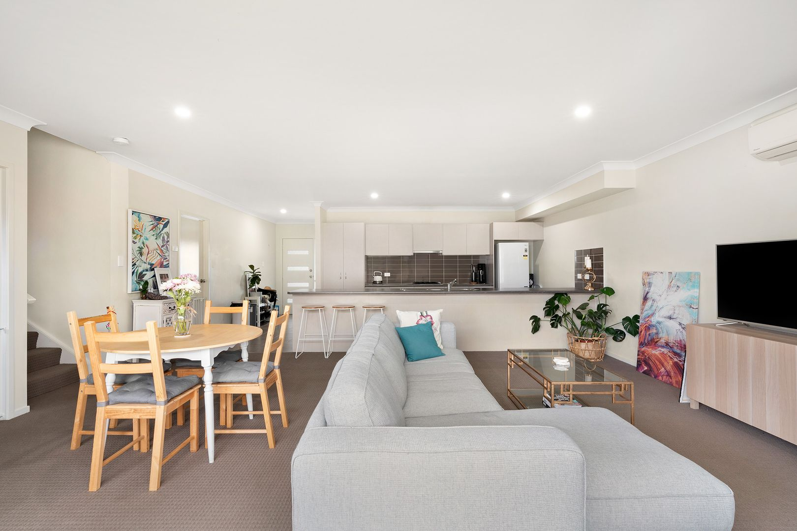 27 Nigella Circuit, Hamlyn Terrace NSW 2259, Image 2