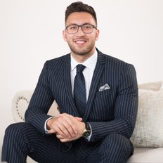 Amir Shamsi, Sales representative