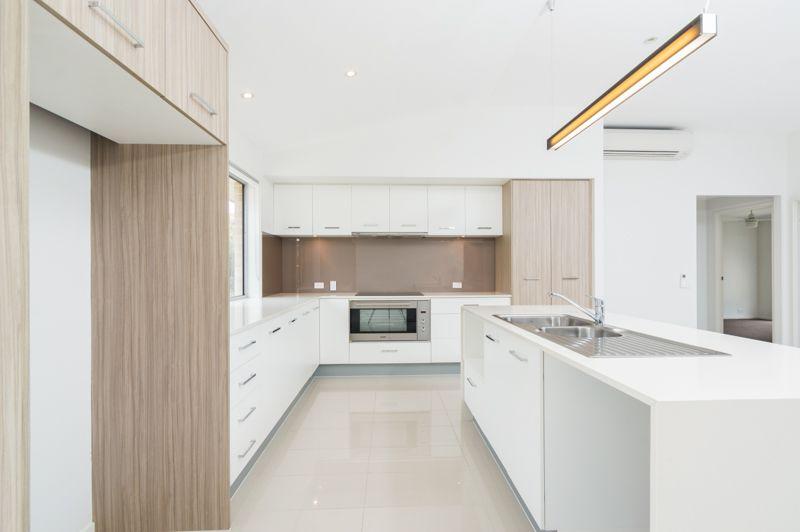 51 Waterhousia Place, Moggill QLD 4070, Image 1
