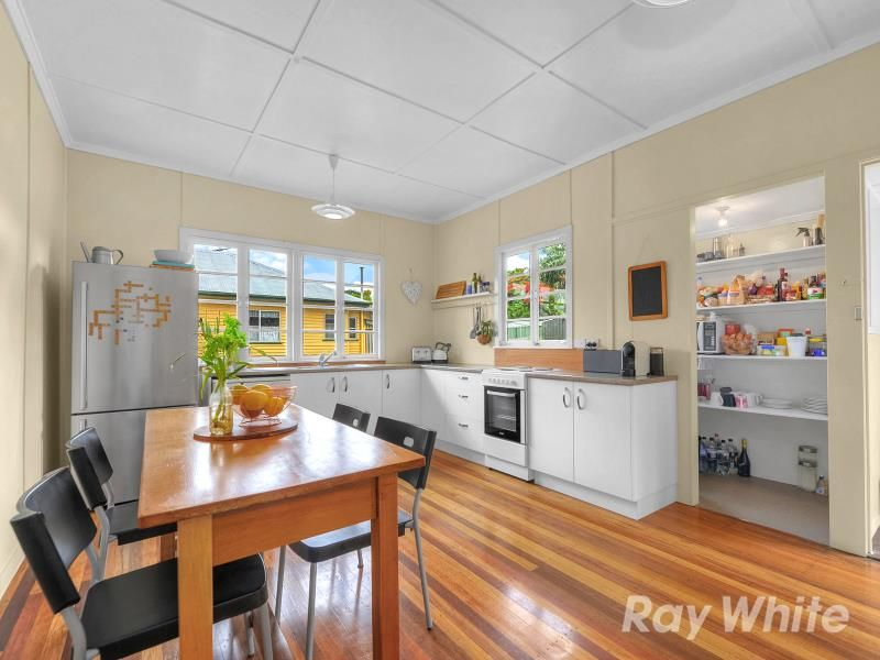 52 Fitzsimmons Street, Keperra QLD 4054, Image 2