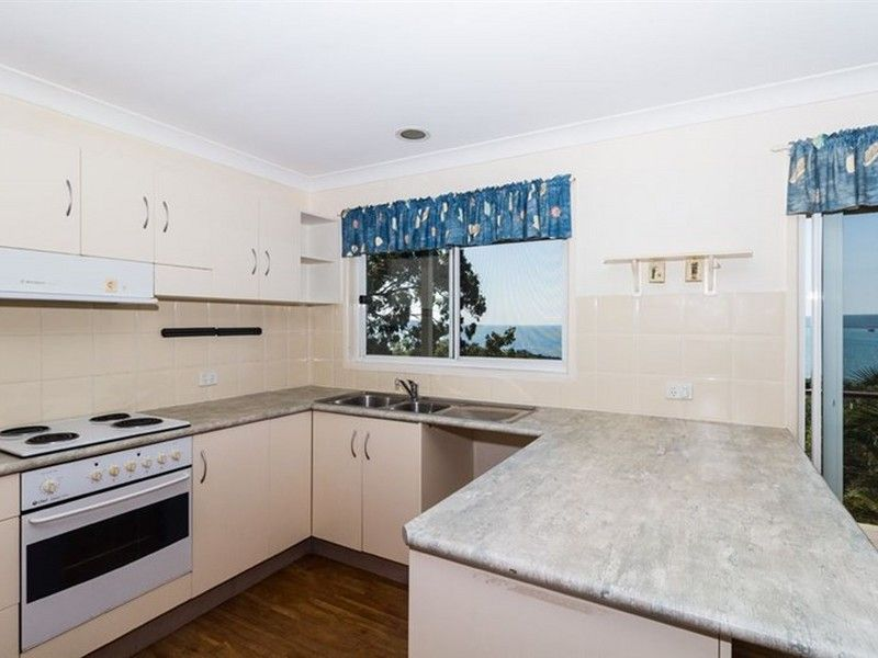 33 Bay Drive, Russell Island QLD 4184, Image 2