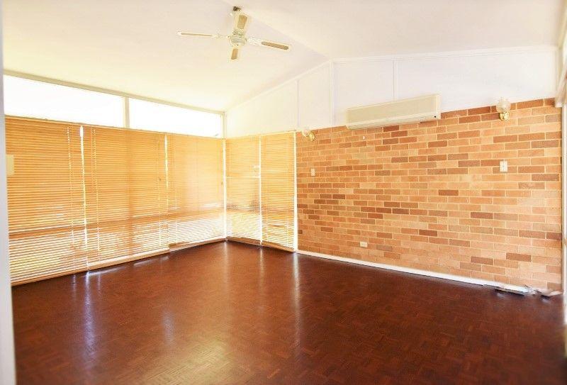 6 Davis Avenue, Epping NSW 2121, Image 2