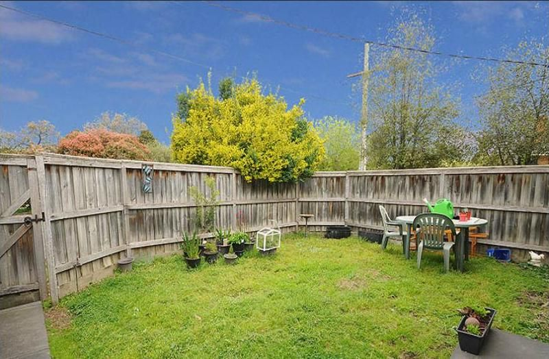 4A Pentlowe Road, Wantirna South VIC 3152, Image 0