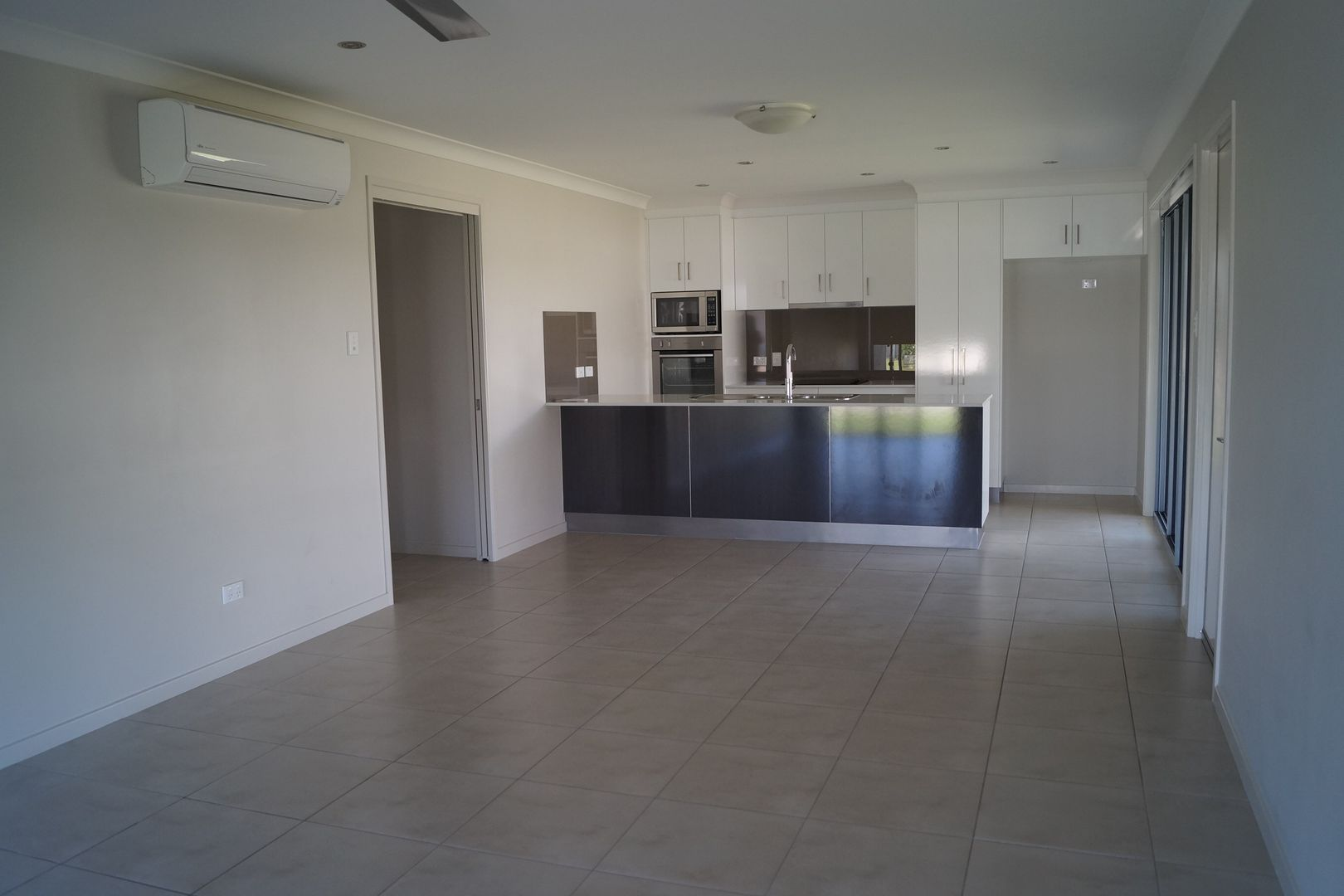 1/13 Kassidy Drive, Emerald QLD 4720, Image 1