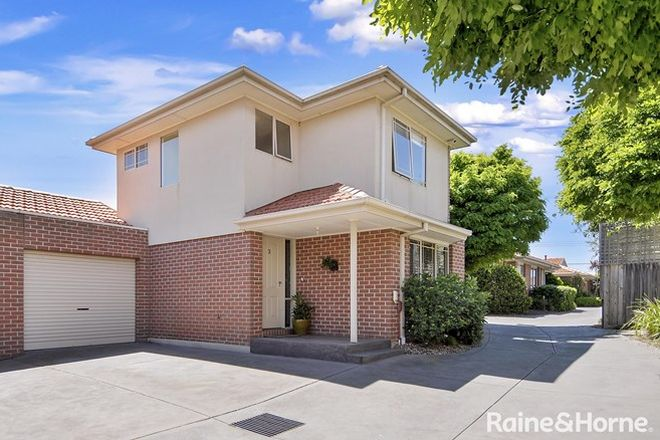 Picture of 3/15 Chenies Street, RESERVOIR VIC 3073