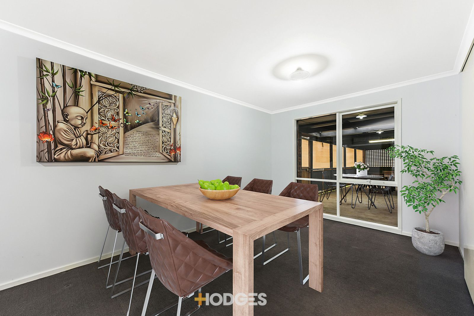 22 Flinders Court, Cranbourne North VIC 3977, Image 2