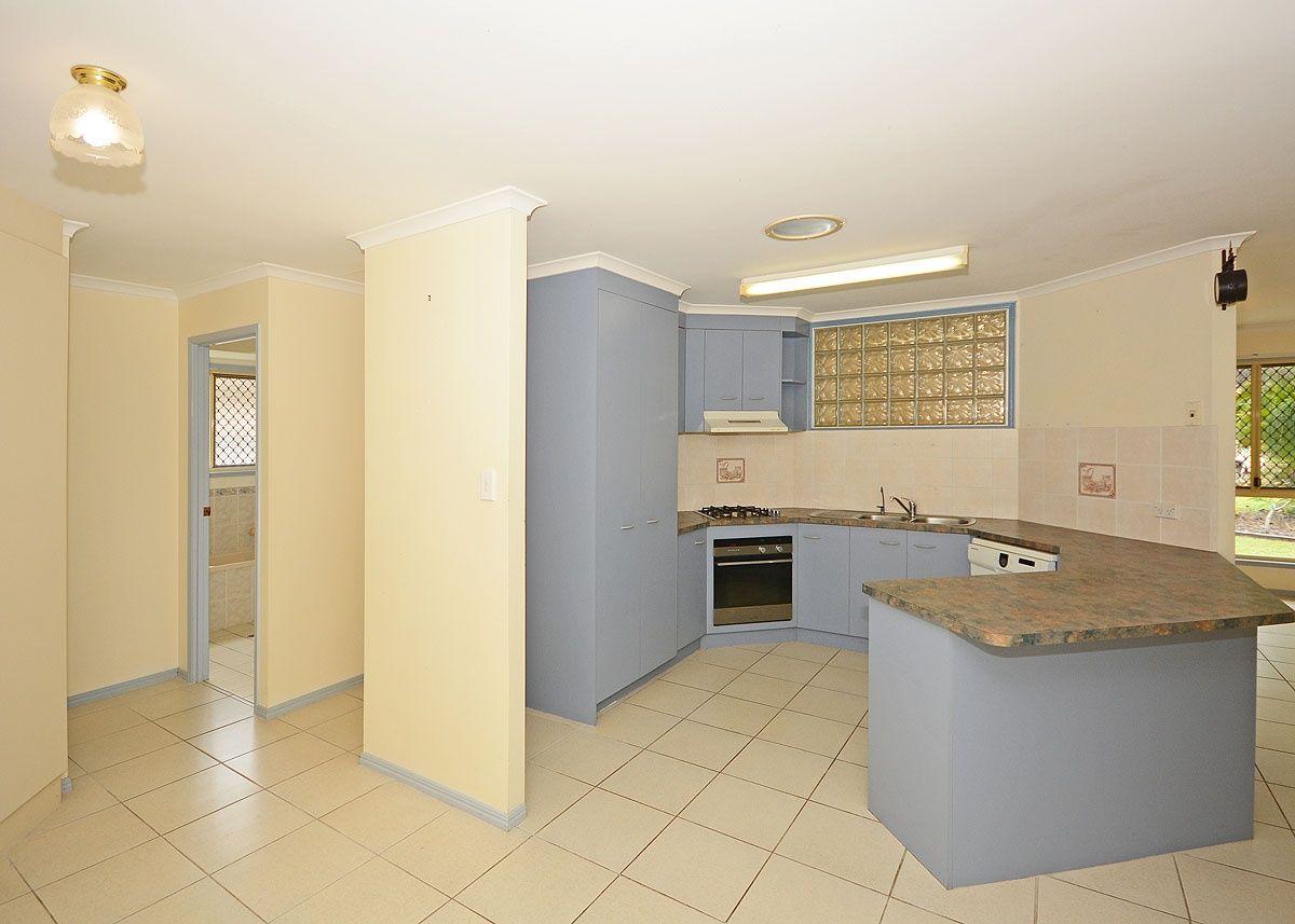 4 Fiona Court, Urangan QLD 4655, Image 1