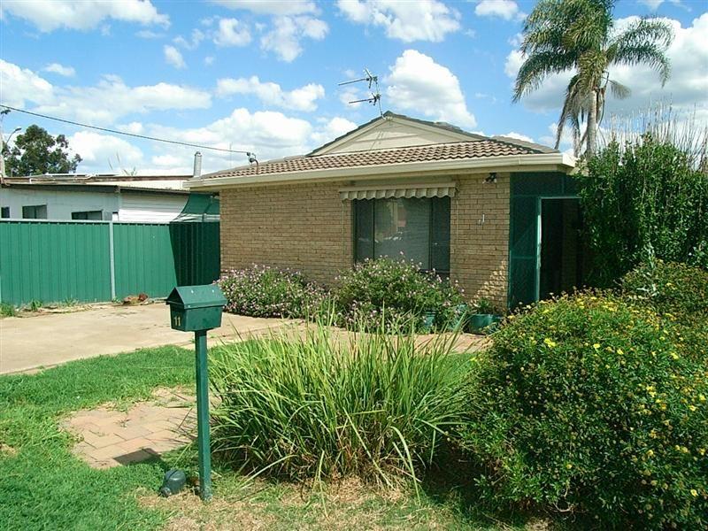 11 Muller Street, Dubbo NSW 2830, Image 0