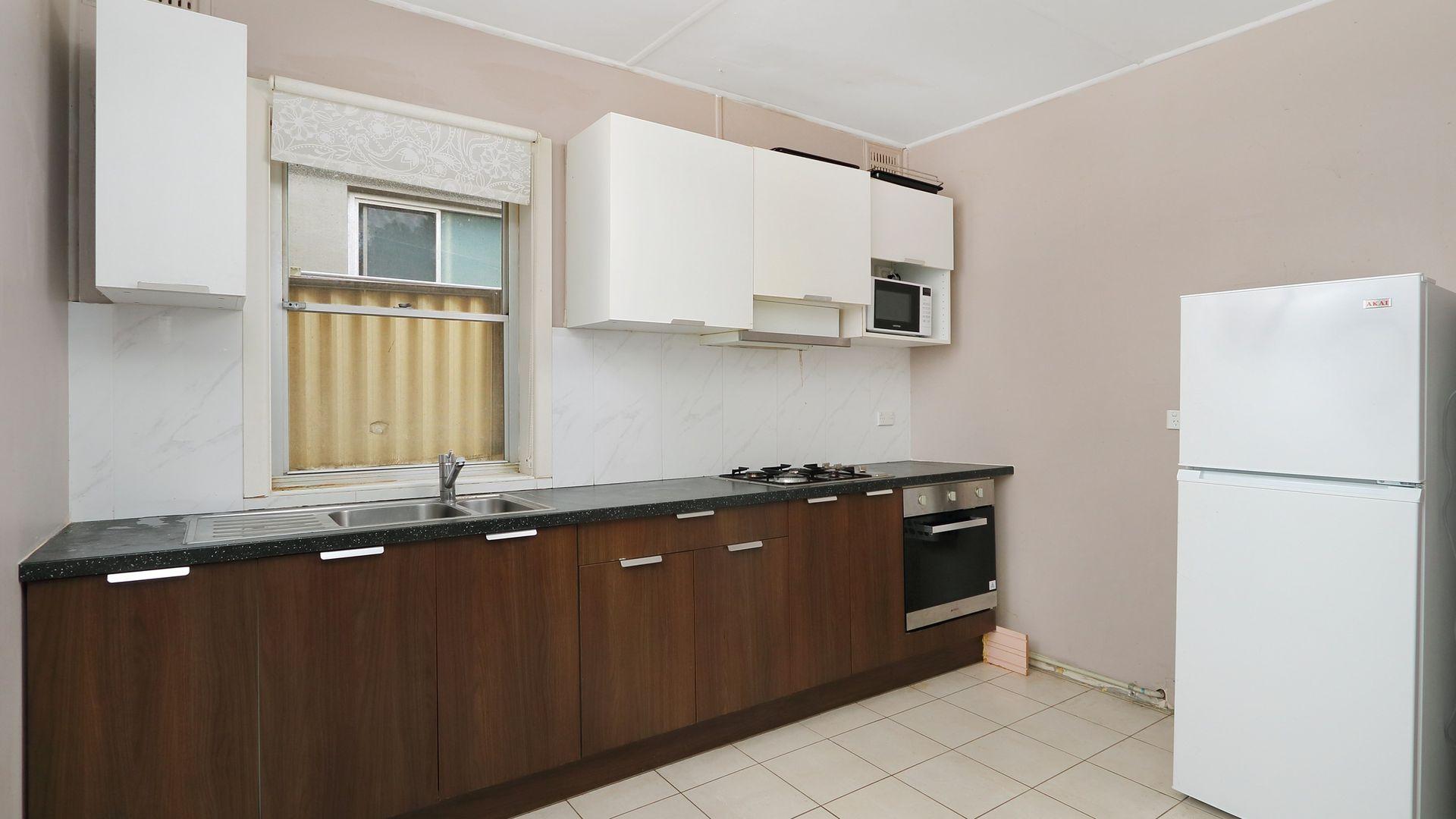 194 Woniora Road, South Hurstville NSW 2221, Image 2