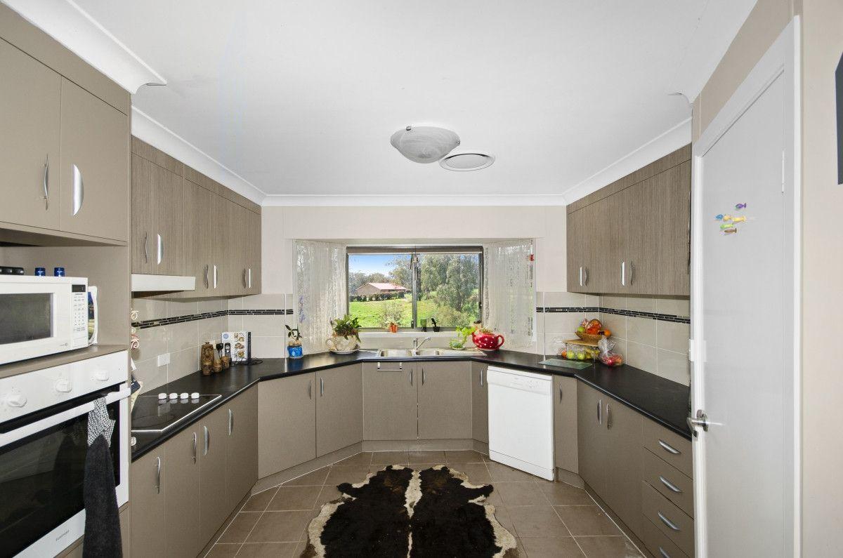 389 Wallabadah Road, Wallabadah NSW 2343, Image 2