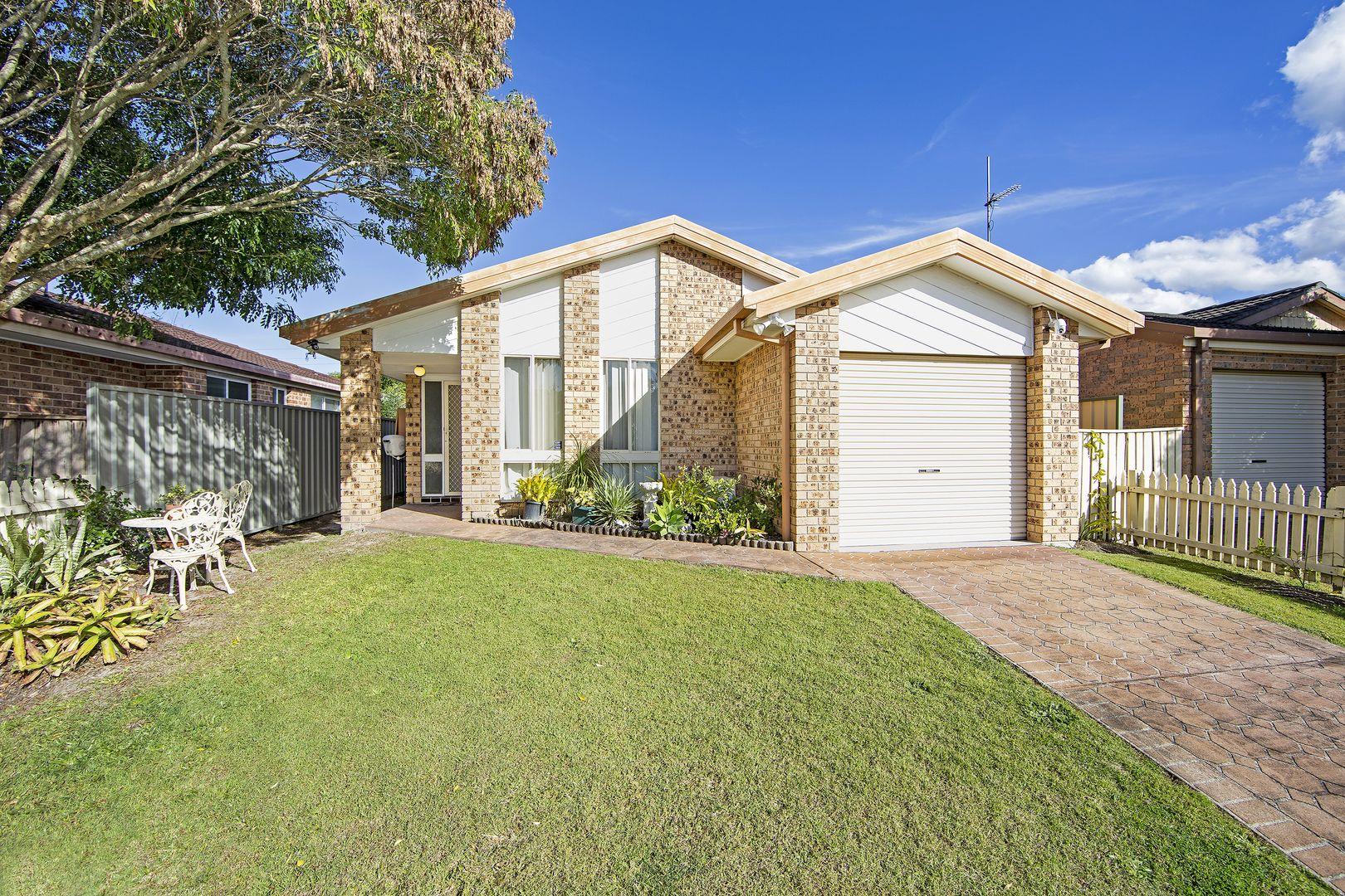 13 Wongala Avenue, Blue Haven NSW 2262, Image 0