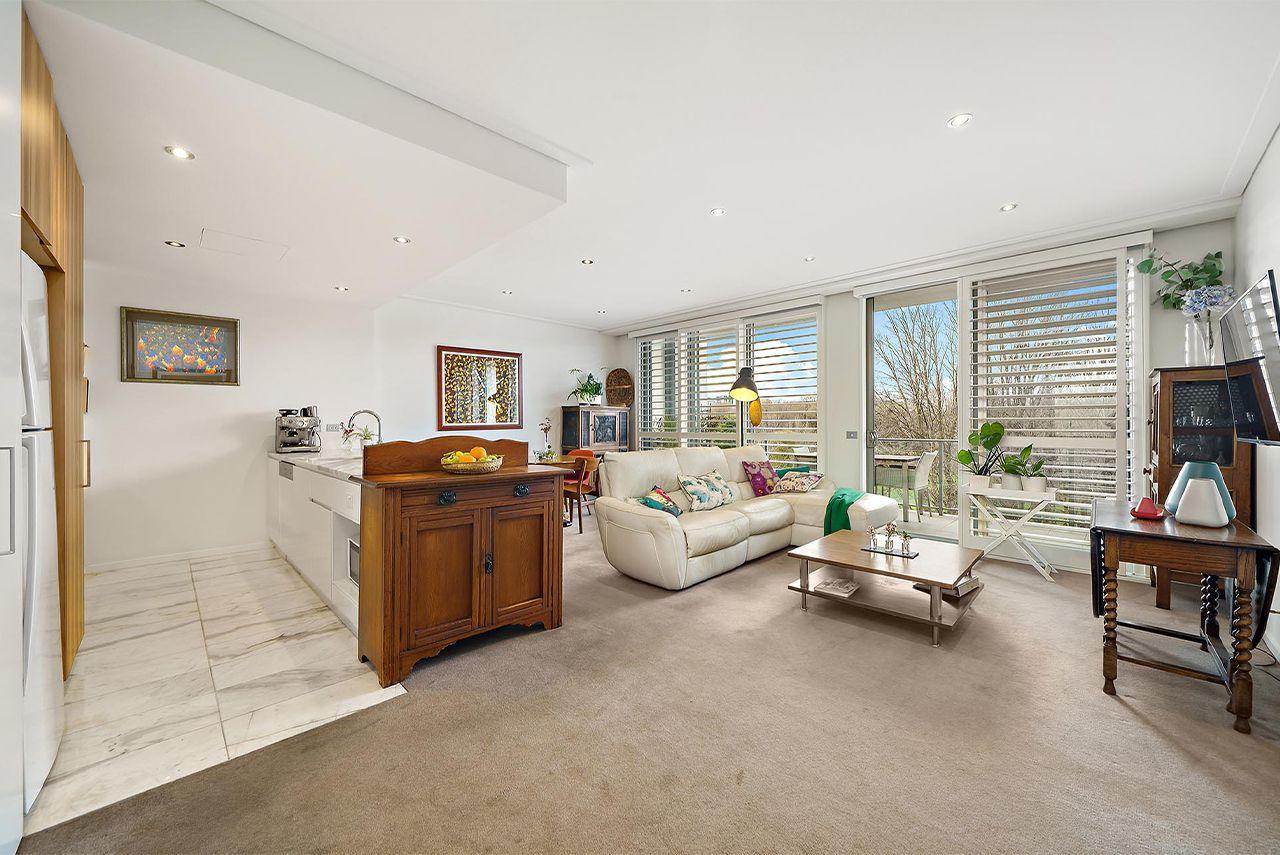 2 bedrooms Apartment / Unit / Flat in 96/15 Coranderrk Street CITY ACT, 2601