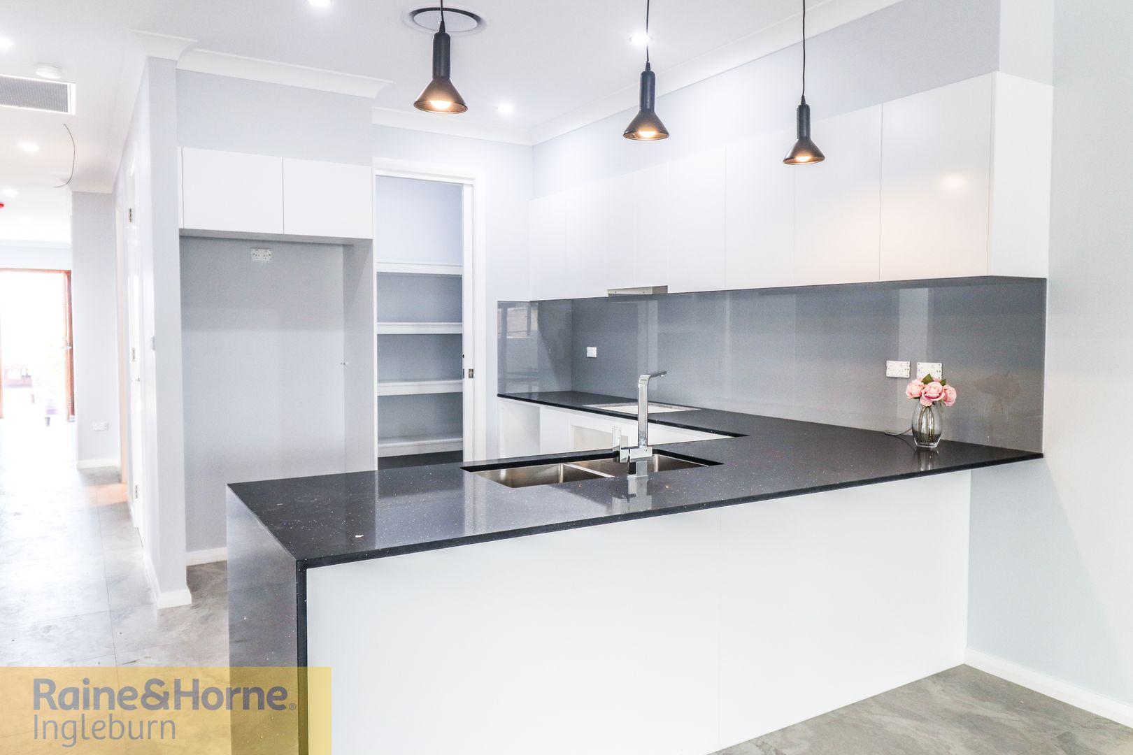 136 University Drive, Campbelltown NSW 2560, Image 2