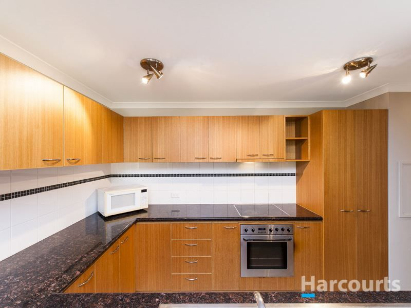 15/118 Mounts Bay Road, Perth WA 6000, Image 2