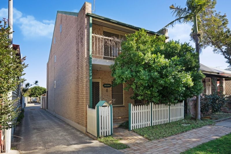 8 Cameron Street, Hamilton NSW 2303, Image 0