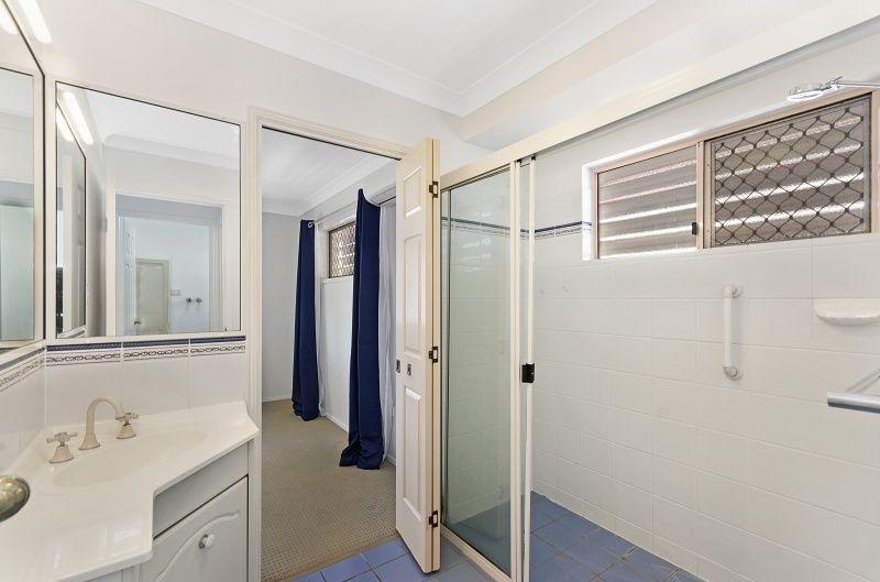 16 Alpina Place, Kirwan QLD 4817, Image 2
